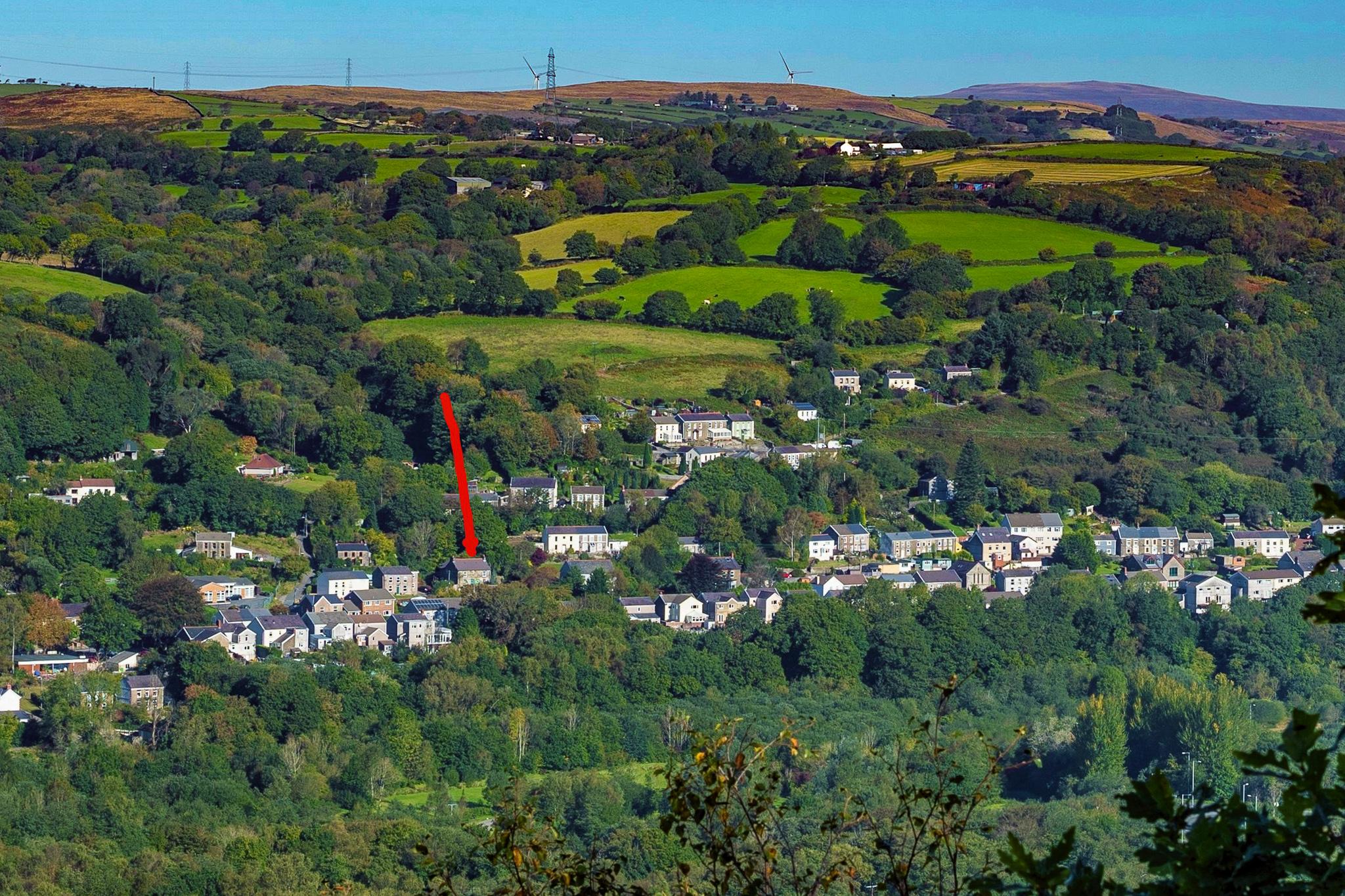 cwmshon location